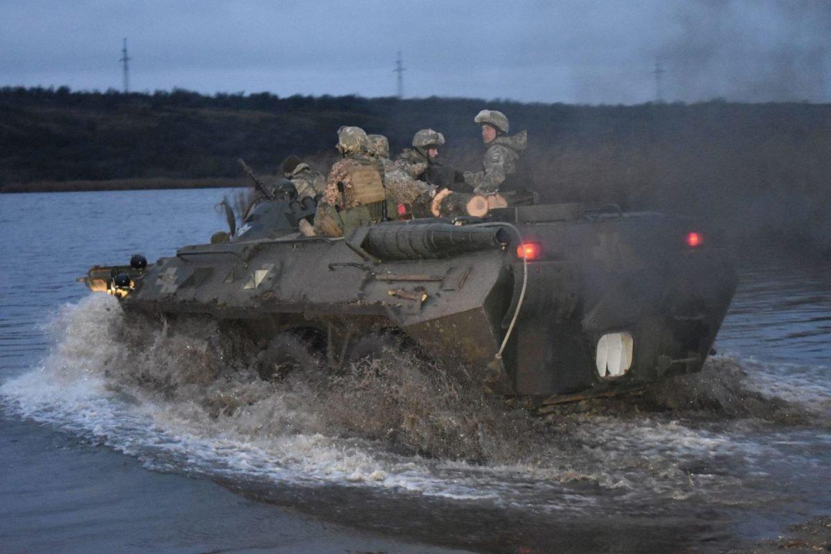 Миколаївські десантники проводять заходи бойової підготовки