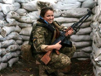23-річна медик Євгенія Семененко: «Найскладніше в нашій роботі – чекати підтвердження, що всі поранені – живі»