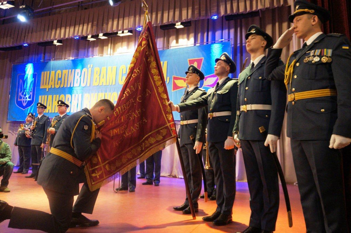 Понад 70 професійних сержантів поповнили лави Збройних Сил
