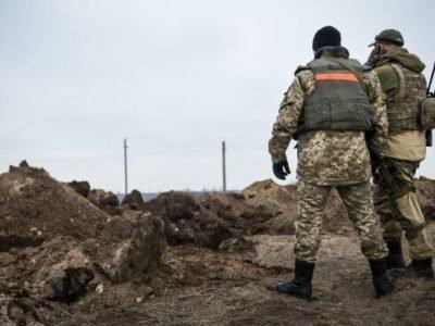 Режим «Червоний»: противник обстріляв позиції Об'єднаних сил біля КПВВ «Мар'їнка»