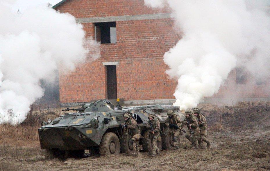Десантники успішно «захопили» населений пункт