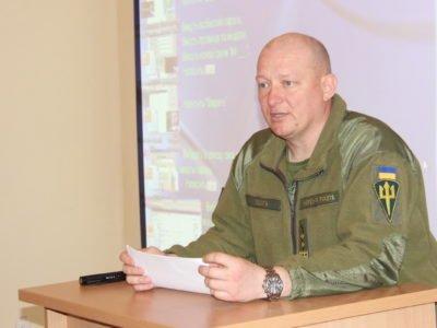 Командувач морської піхоти оцінив випускників Військової академії