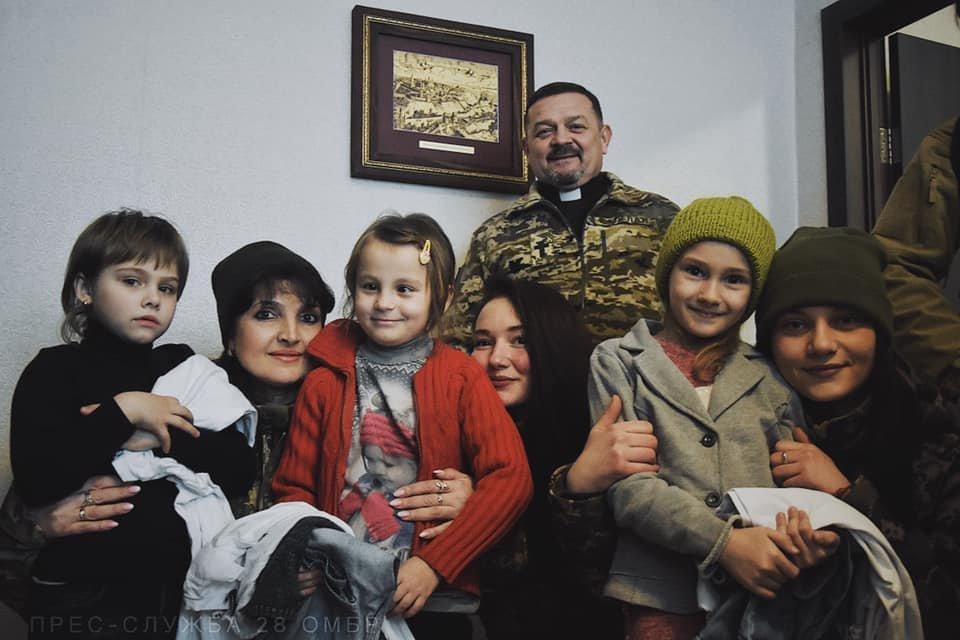 Зустріч, яка подарувала дітям Мар'їнки надію…