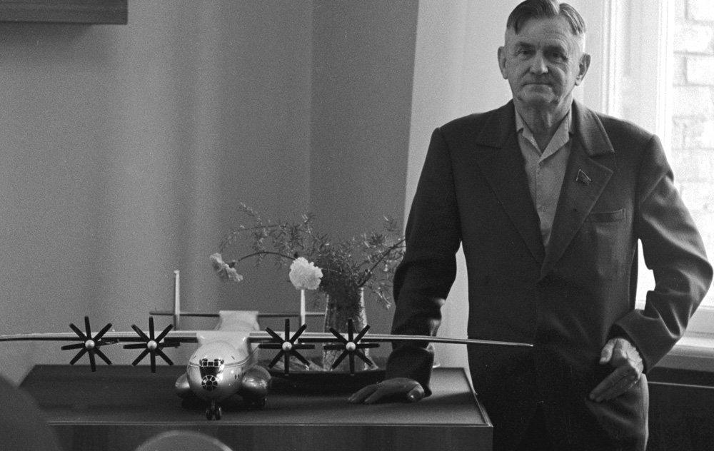 Цього дня народився Олег Антонов: що варто знати про відомого українського авіаконструктора