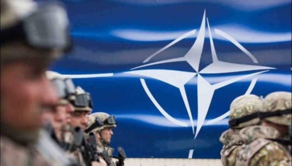 «НАТО – сила, що захищає мирних громадян»