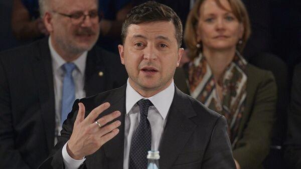 Ми хочемо провести місцеві вибори в жовтні 2020 року, включно з ОРДЛО, але тільки за законами України, – Зеленський