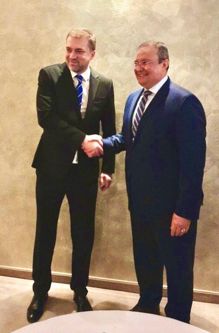 Міністри оборони України та Румунії обговорили напрямки співпраці в контексті безпеки Чорноморського регіону