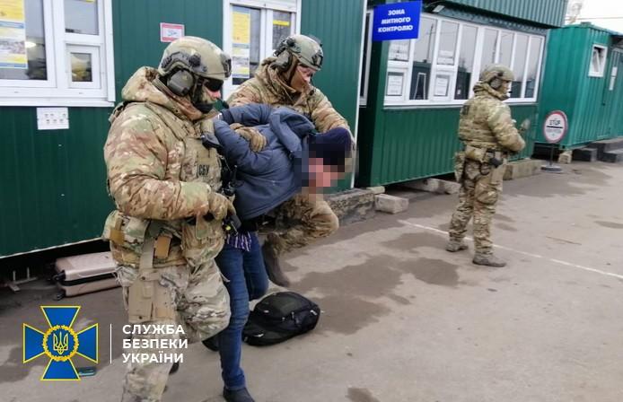 Воював проти України: затримано ексбойовика «Тайфун»