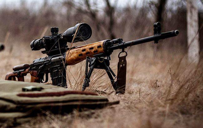 Російські окупанти вкотре порушили режим припинення вогню: від кулі снайпера загинув захисник України