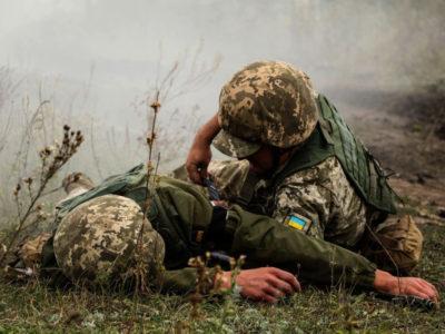 Противник з БПЛА обстріляв українські позиції, поранений один військовослужбовець – штаб ООС