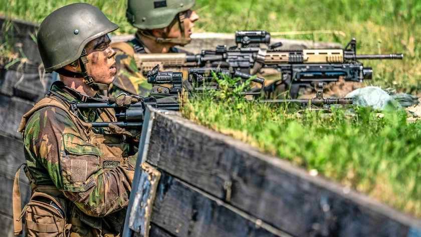 Війну на Донбасі влітку 2014-го могли б спинити десантники з Нідерландів?