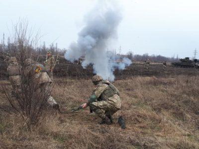 Командувач Сухопутних військ ЗСУ перевірив рівень підготовки криворізьких танкістів