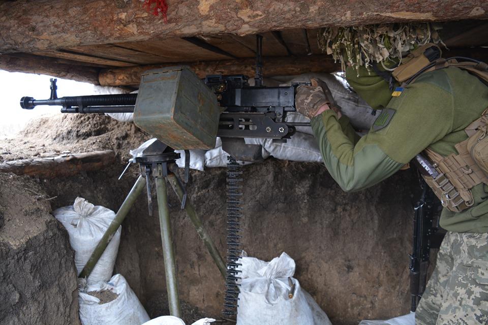 Бойовики скидають гранати з безпілотників на наші позиції саме у той час, коли літають БПЛА ОБСЄ