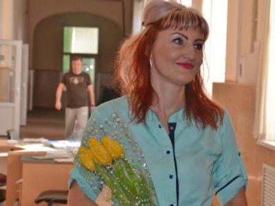 Понад пів тисячі тюльпанів передали у військовий госпіталь Дніпра