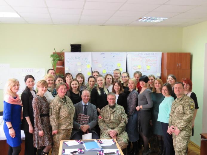 У Національній академії сухопутних військ завершився Курс для викладачів англійської