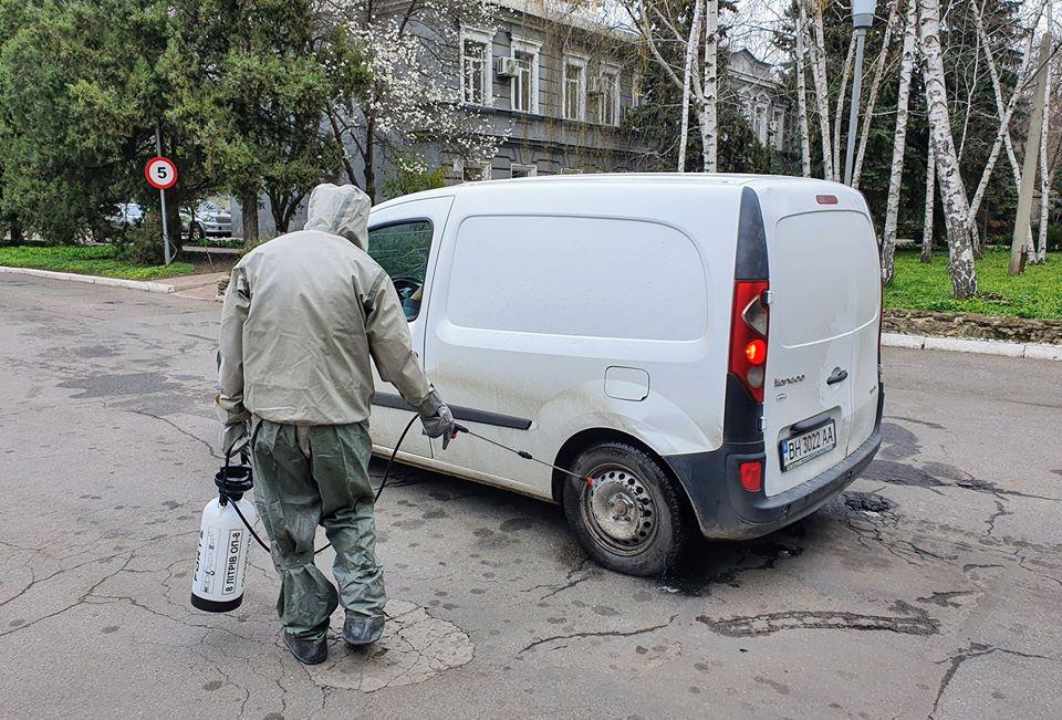 Госпітальні волонтери продовжують роботу в умовах карантину