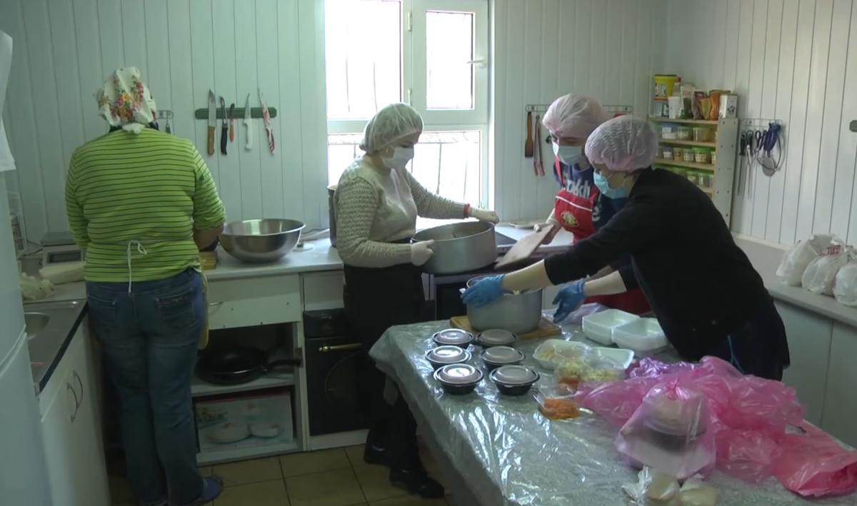 Сім'я ветерана готує безоплатні обіди для вінничан