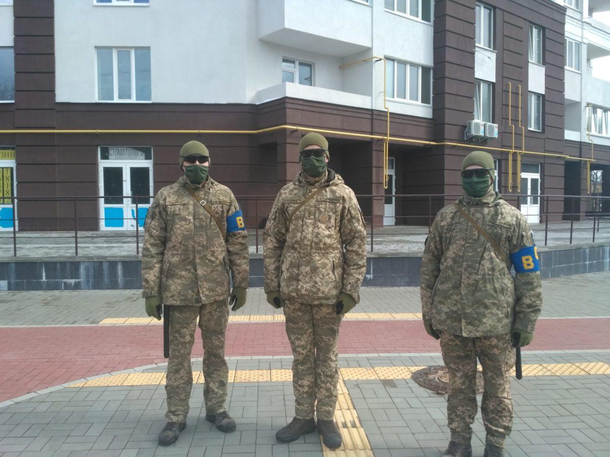 Правопорядок на Чернігівщині підтримують спільні патрулі військових і поліції