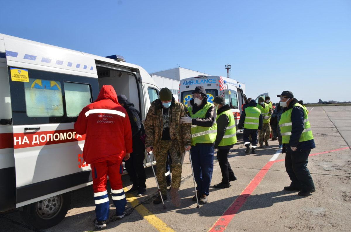 14 поранених на фронті воїнів продовжать лікування в Одесі