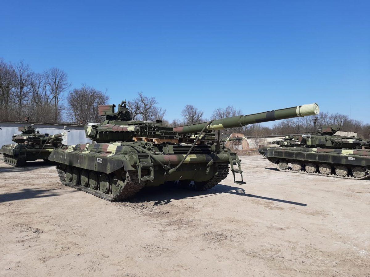 Шість відремонтованих та модернізованих Т-64БВ передано Збройним Силам