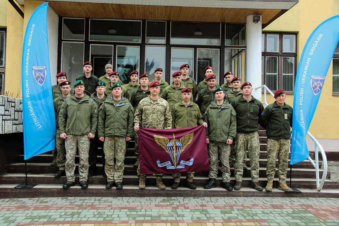 У Львові завершились «натовські» курси з підготовки штабу одного з десантно-штурмових батальйонів 80-ї ОДШБр