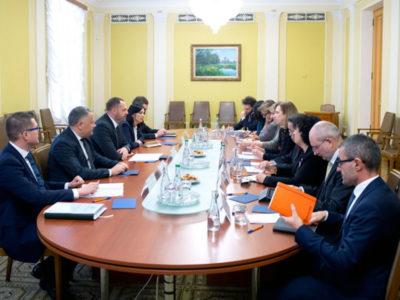Єрмак обговорив з послами G7 і ЄС фінансову підтримку України
