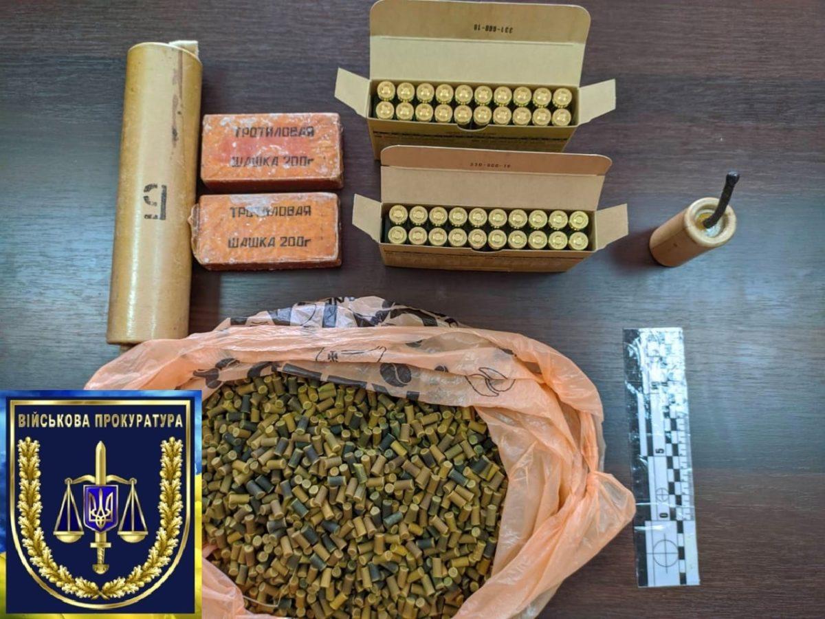 У смт Десна за збут боєприпасів затримано військовослужбовця