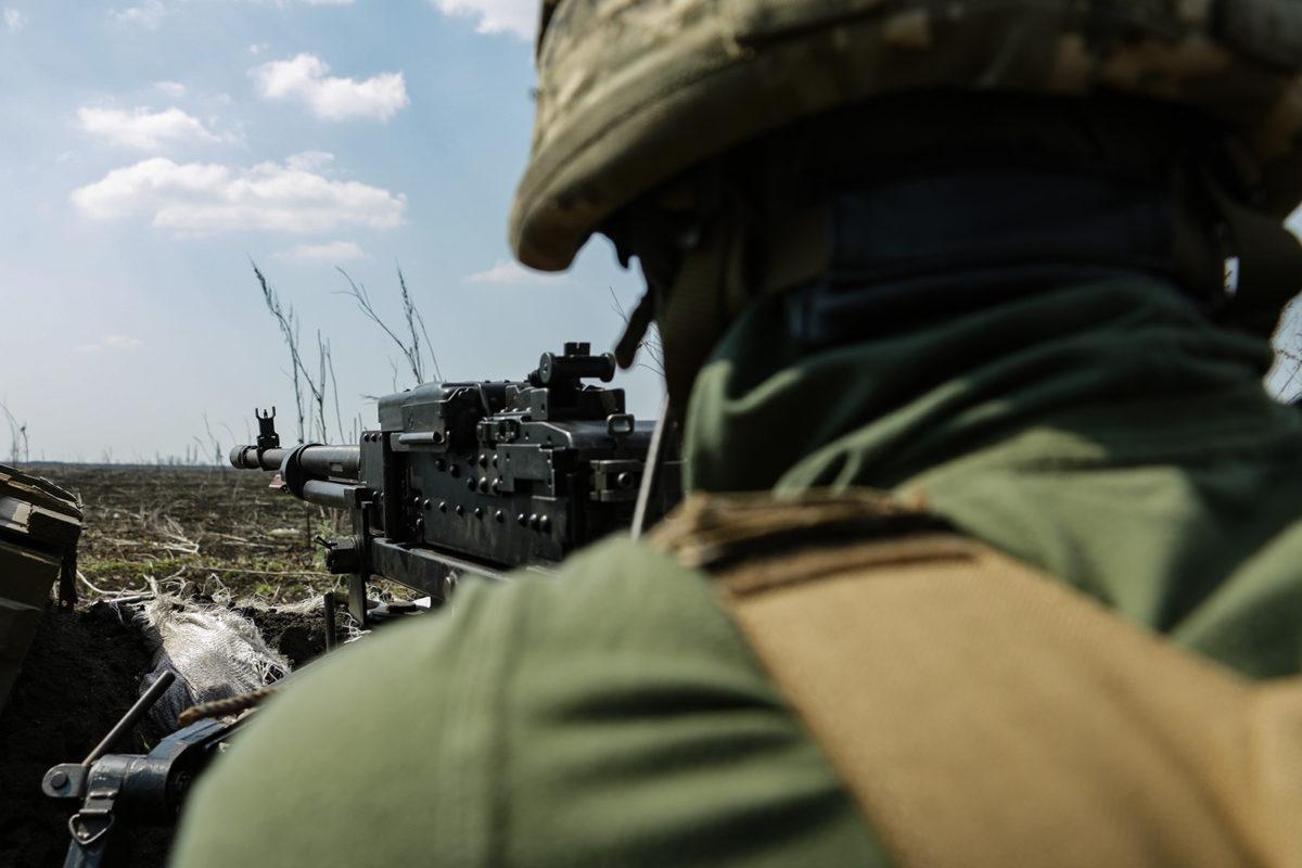 Доба в ООС: один військовий поранений, ще троє дістали бойові травми