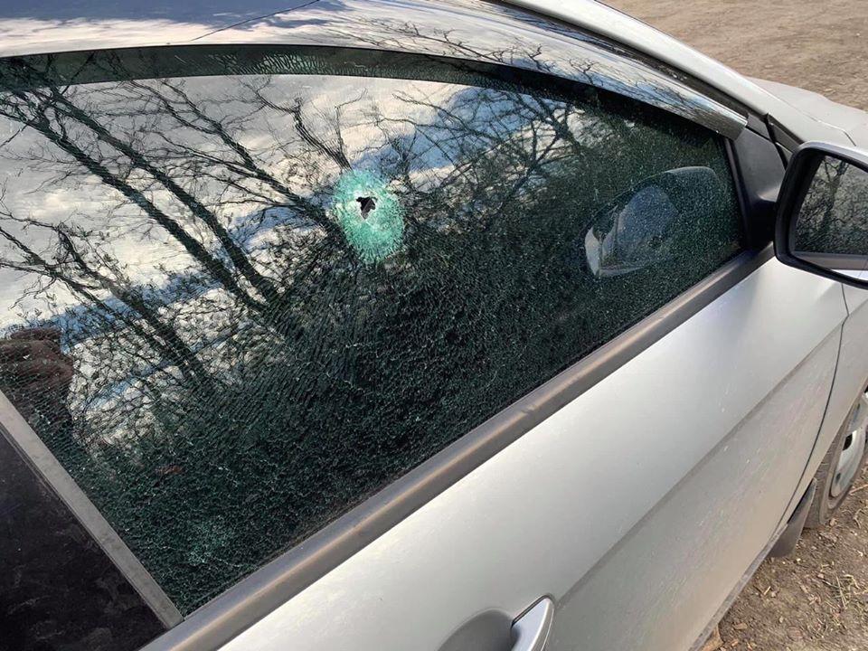 Прокуратура відкрила справу за фактом обстрілу автомобіля із журналістами на Донбасі