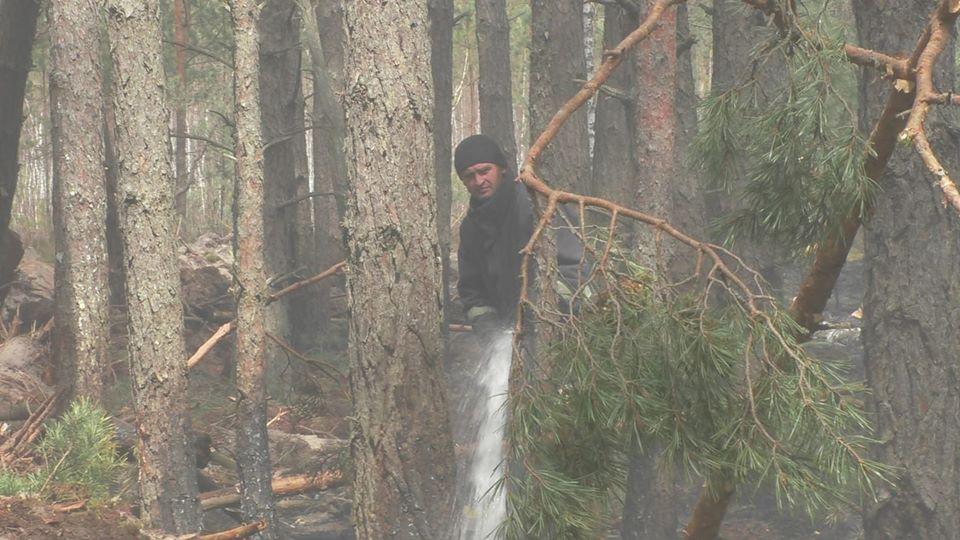 Рятувальники досі гасять кілька осередків тління на Житомирщині та поблизу Чорнобиля