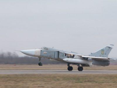 У небо піднялися бомбардувальники Су-24М