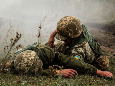 Сьогодні в результаті чергового обстрілу один військовослужбовець ЗСУ дістав кульове поранення – штаб ООС