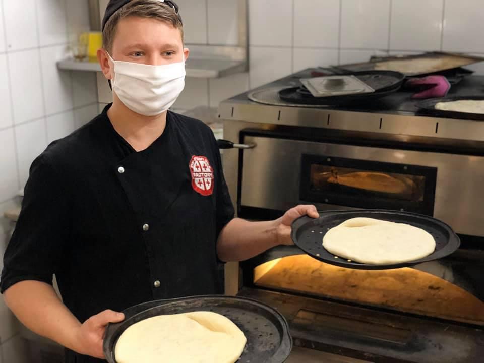 Ветеран АТО організував безкоштовні обіди для медиків