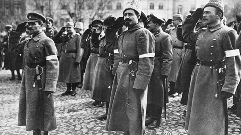 У квітні 1918 році Донбас і Крим були звільнені від більшовиків