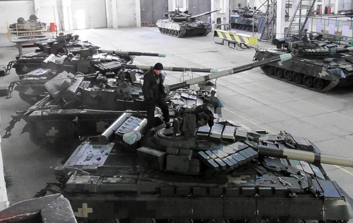 З початку року на «Харківському бронетанковому заводі» розпочали поглиблену модернізацію танків Т-64. Вже 11 машин готові…