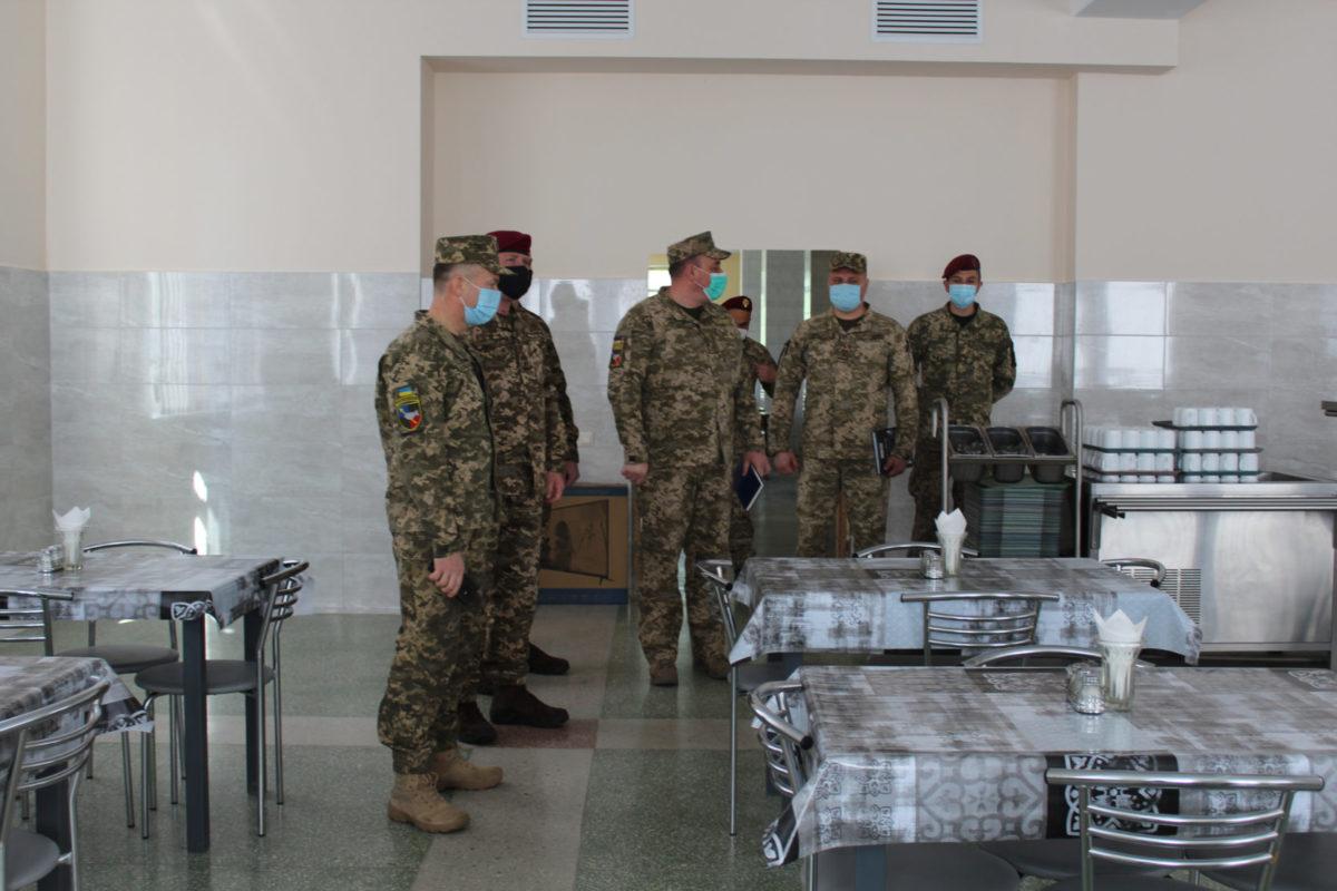 У Київському гарнізоні відкрили ще одну нову офіцерську їдальню