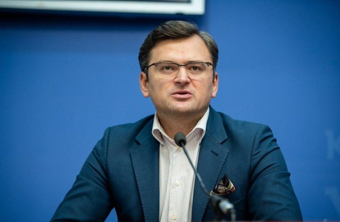 Дмитро Кулеба поінформував ЄС і НАТО про втручання Угорщини у внутрішні справи України