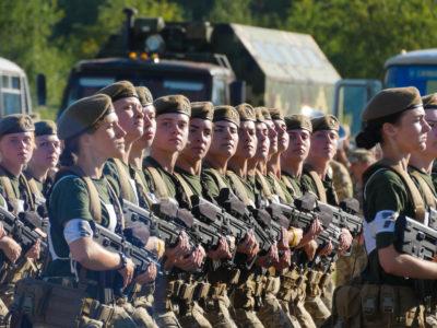 У війську нині 78 жінок – командири взводів, 6 – командують ротами