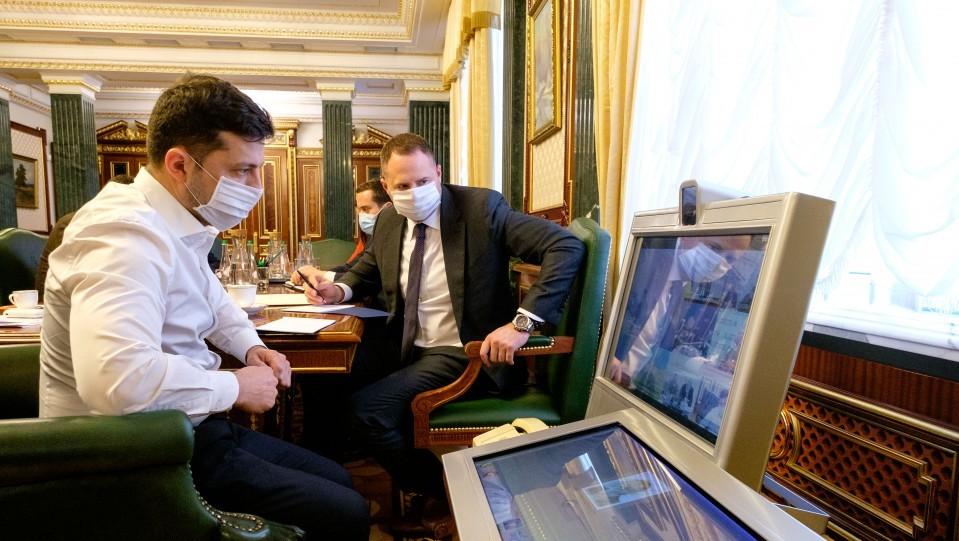 В Україні кількість хворих за добу досі перевищує кількість тих, хто одужав – Офіс Президента