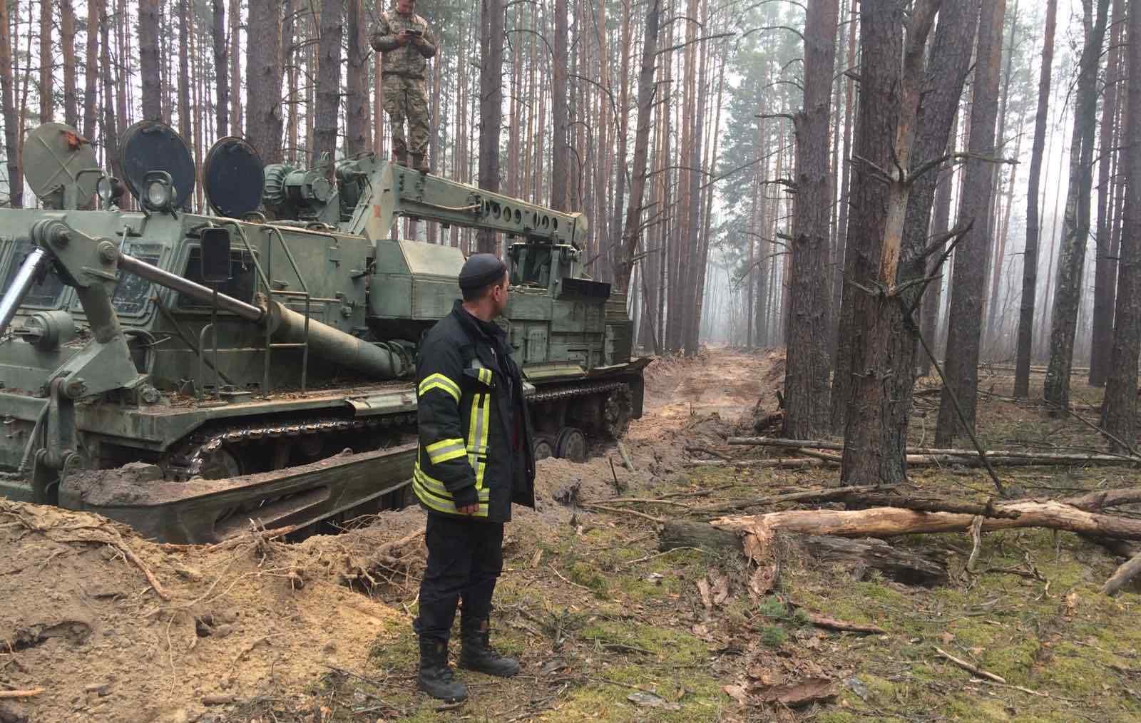 На Житомирщині та у Чорнобильській зоні рятувальники зупинили поширення вогню