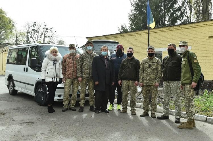 Українська асоціація футболу продовжує надавати допомогу військовим медикам у боротьбі з COVID-19
