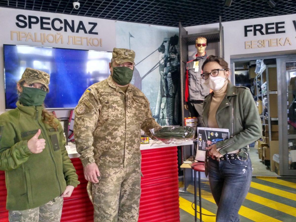 Чернігівський «Спецназ» озброює військових, волонтерів і лікарів для боротьби з вірусним «терористом»
