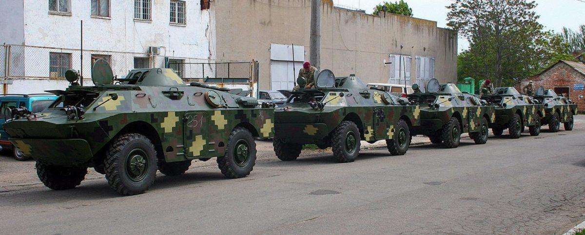 Президентському полку з Миколаївського бронетанкового заводу передали оновлені БРДМ-2Л1
