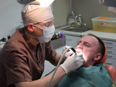 «Щоб показувати ворогові зуби, вони мають бути принаймні здоровими»