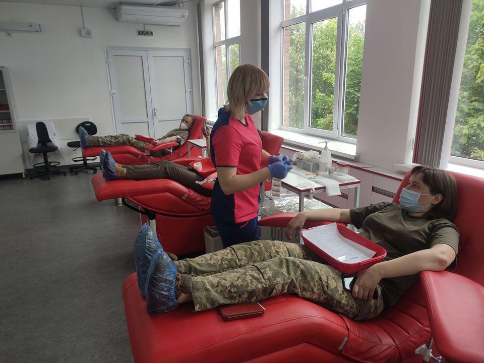 Тільки за останній тиждень кров здали понад двісті донорів у «пікселі»