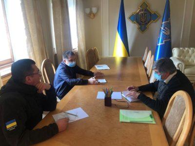 В Україні має бути створений єдиний інформаційно-аналітичний центр з вивчення інфекційних хвороб – РНБО
