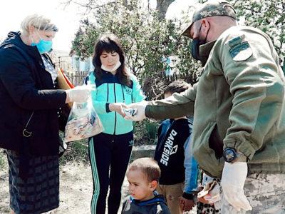 Волонтери Київщини дбають про дітей Донбасу
