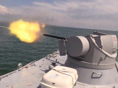 В Азовському морі відбулися артилерійські стрільби