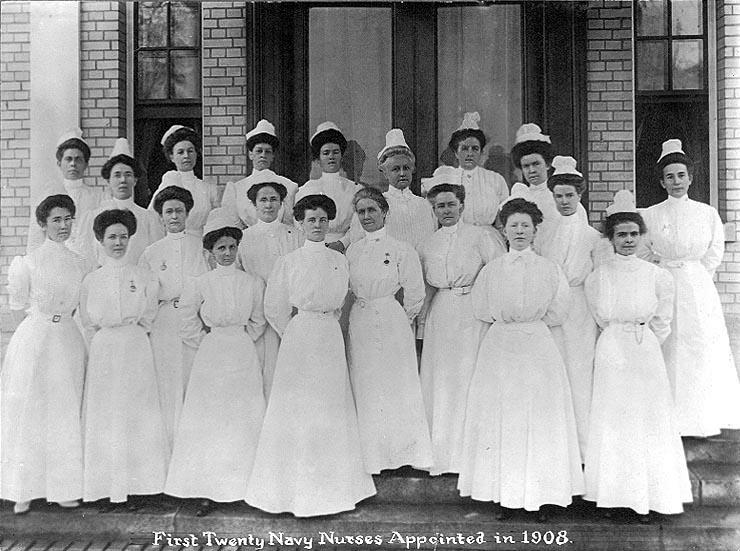 Найвідоміша флотська медсестра