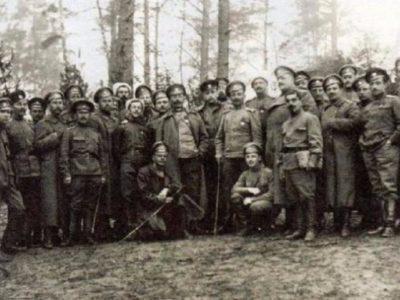 Розбудова новітньої української армії: 1-й український полк імені Богдана Хмельницького
